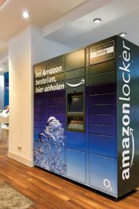 "Amazon-Paketstation ""Amazon Locker"" in einem Store des Mobilfunkanbieters O2"
