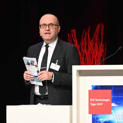 Moderierte die Veranstaltung zum 10. Mal:  Prof. Dr. Andreas Kaapke
