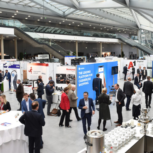 Auch zahlreiche Aussteller präsentierten im World Conference Center in Bonn ihre Lösungen.