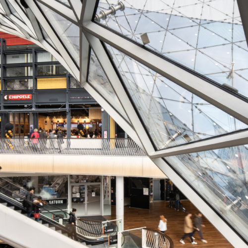 "Neue Food- und Entertainment-Etage ""Foodtopia"" im Shopping-Center MyZeil in Frankfurt"