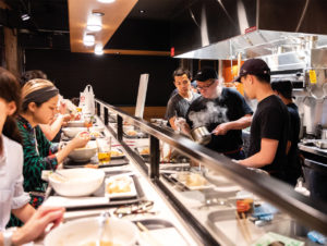 Der Time Out Market New York vereint 21 einzelne Gastronomien unter einem Dach