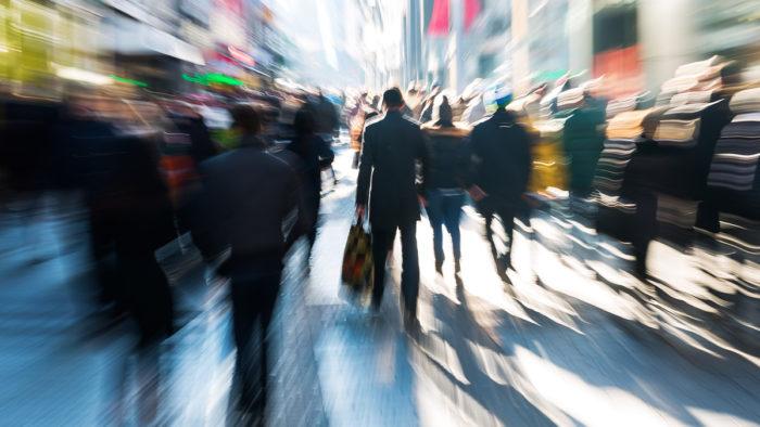 Weniger Passanten in den Top-Shopping-Meilen Deutschlands von April bis Juni 2021 als im Vorjahreszeitraum
