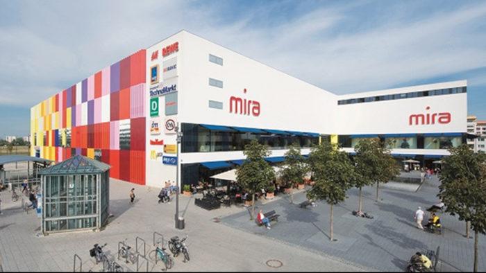 Die Münchner Shopping Mall Mira.