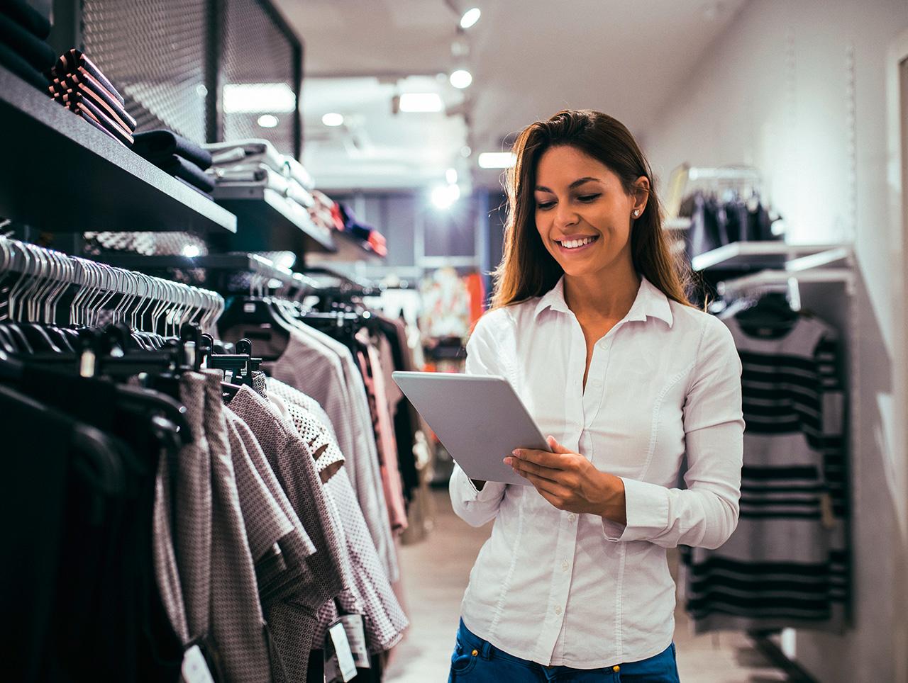 Mobile Devices unterstützen in vielen Handelsunternehmen das Bestandsmanagement.