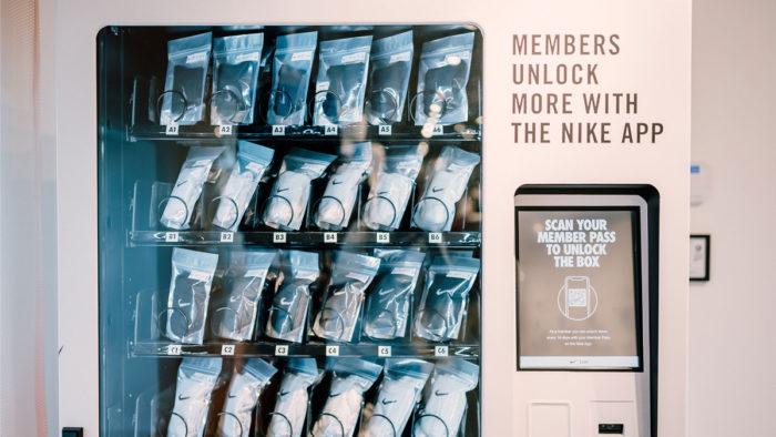 Nike hat den Funktionsumfang seiner bereits vor 2 Jahren eingeführten App für das mobile Shopping erweitert.