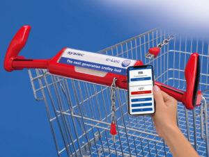Das e-Loc von Systec ermöglicht es, den Einkaufswagen via Smartphone zu entsichern