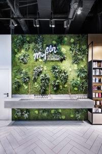 Parfümerie Mußler Beauty by Notino: Schön gestaltete Handwaschmöglichkeit im Store