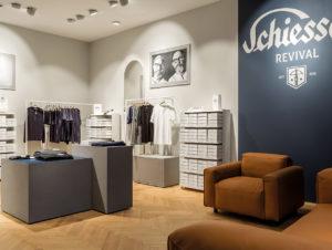 Ruhiges Storedesign, das Tradition und Markenwerte in den Vordergrund stellt: Schiesser-Store am Kurfürstendamm in Berlin