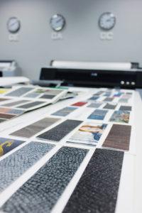 Die eingescannten Materialien, die als Grundlage für die Entwicklung des Design dienen