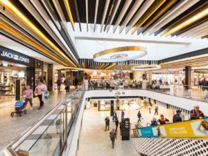 Shopping Center: Buntes Europa Potpurri | stores+shops