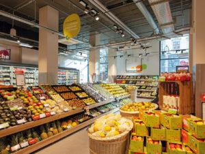 Die Kernkompetenz Frische wird von Tegut auch in den neu eröffneten Nahversorgermärkten in urbanen Ballungszentren ausgespielt. Hier die neue Frankfurter Filiale in der Kaiserpassage.