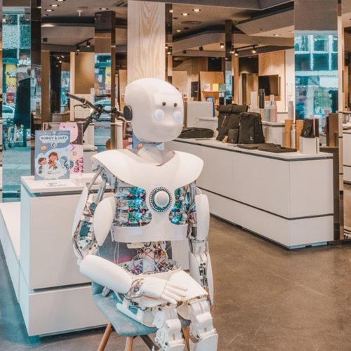 """99 Prozent der Produkte bei """"The Latest"""" in Berlin stammen von Start-ups."""