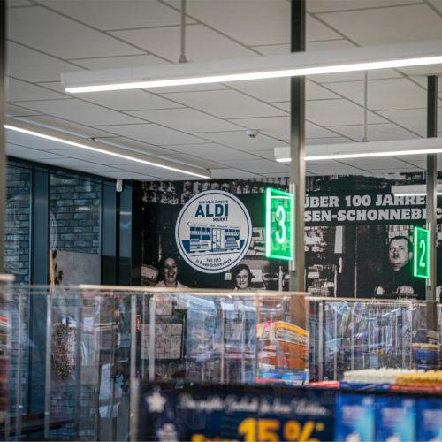 Historische Bilder befinden sich auch in der Checkout-Zone.