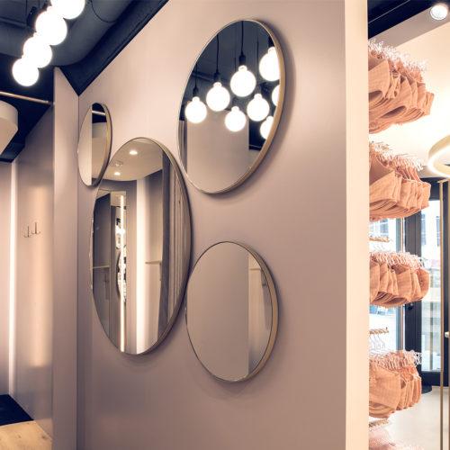 ...und Spiegel