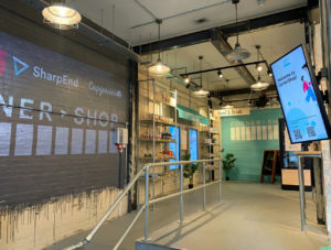 """Digitale Spielwiese: Der Cornershop von Capgemini in London ist als """"Live-Testumgebung"""" für Händler und Marken konzipiert."""
