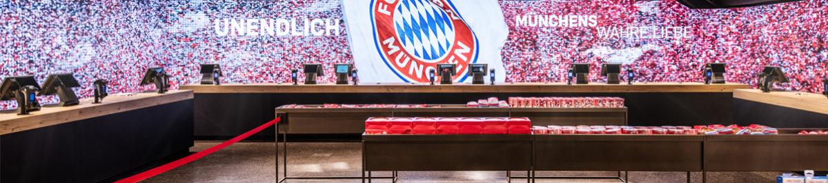 In der Kassenzone tauchen FC Bayern-Fans in die Vereinswelt ein.