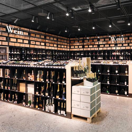 Wein-Abteilung in Basel