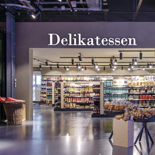 Frischeparadies Zürich: Delikatessen-Abteilung mit Kaffee, Tee, Pralinen etc.