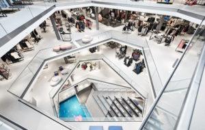 L&T Sport: Das Store-Design basiert auf polygonalen Linien