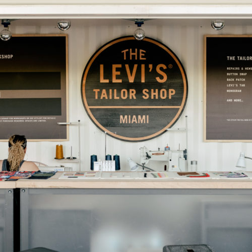 Hier werden Kunden kreativ: Tailor Shop