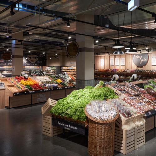 Wohlfühlatmosphäre in der reich bestückten Obst- und Gemüseabteilung