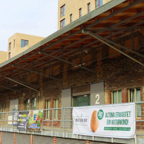 Außenansicht der ehemaligen Güterhallen