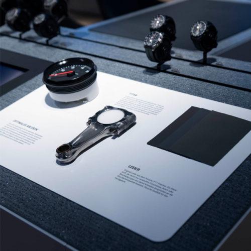 Marken-Erlebnis-Tisch von Porsche Design in Frankfurt