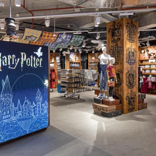 Auch Harry Potter wird in Szene gesetzt.
