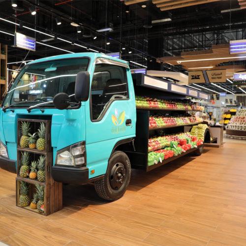 Stadtmarkt-Charakter: verleiht ein Obst- und Gemüse-Truck.