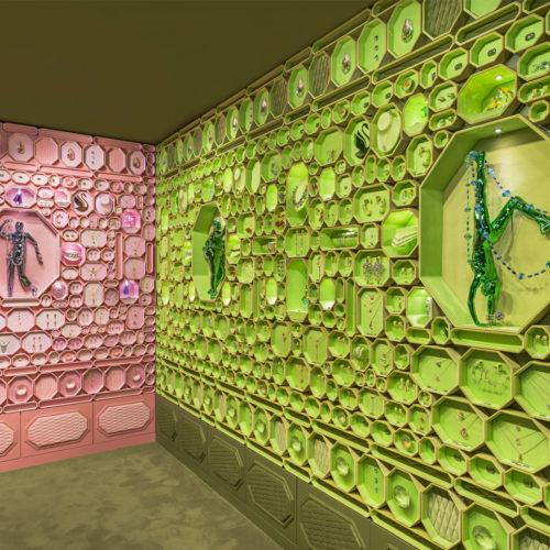 Grün trifft aus Rosa