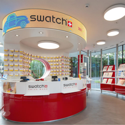 Swatch Store als runder Standalone-Pavillon