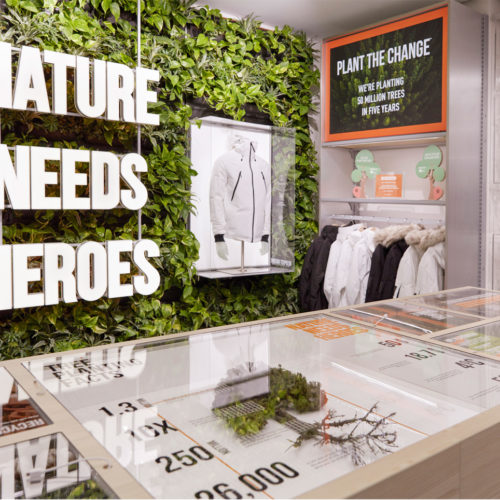 "Aktuelle Kampagne: ""Nature needs heroes"""