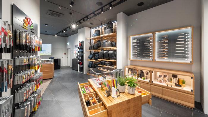 90 qm großer Brand Store von Victorinox in Berlin