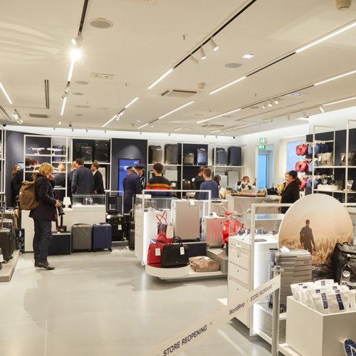 Der Shop ist in den typischen Farben gehalten