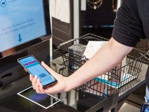 Über die Shopreme-App können die Kunden auch direkt bezahlen, ohne sich an der Kasse anstellen zu müssen