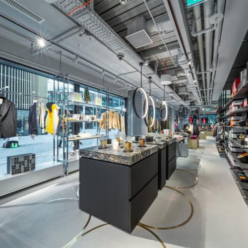Ringe sind ein wiederkehrendes Element im Store-Design des neuen Standorts von Jelmoli.