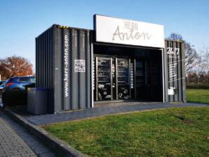 """""""Herr Anton"""" in Emsdetten – eher ein klassischer Automatenshop."""