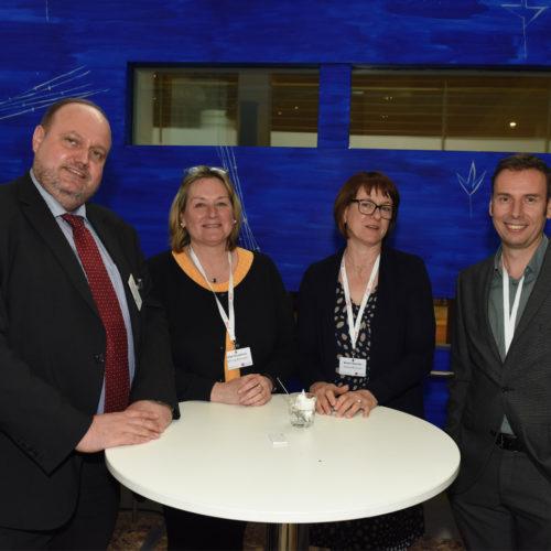 Verbraucherpower: Frank-Christian Pauli (Verbraucherzentrale Bundesverband) mit Heike Nicodemus, Kerstin Backofen und Bostjan Krisper (alle Stiftung Warentest)