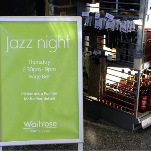 Donnerstagabends sorgen Jazzbands für Unterhaltung. (Foto. Waitrose)