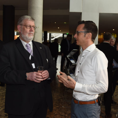 Geht's um Instant-Payments? Hans-Rainer van den Berg (van den Berg AG) im Gespräch mit Dr. Thomas Krabichler (Media Markt Saturn Retail Group)