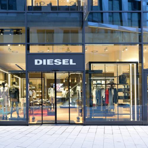 Der Store im Dorotheen Quartier eröffnete zwar bereits im Frühsommer, holte Ende November jedoch ein offizielles Opening mit einer Feier nach. (Foto: Diesel)