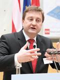 Wolfgang W. Adamiok (DSGV)