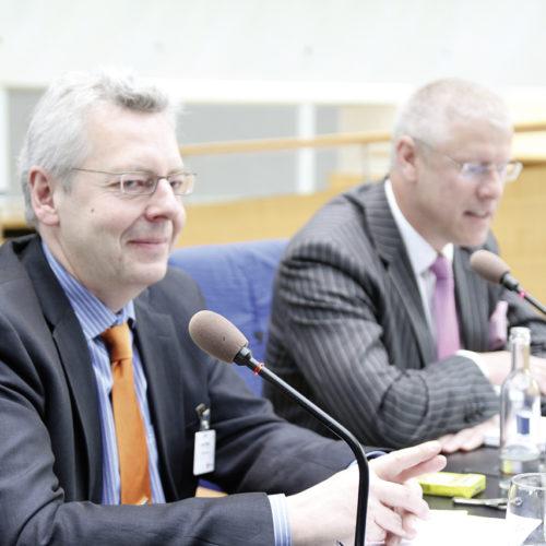 Bewährtes Moderatorenduo: Horst Rüter (EHI) und Olaf Schrage (Douglas)