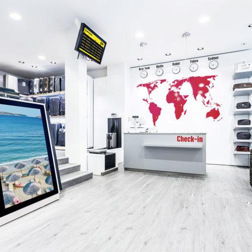 Der Eingangsbereich ist dem Check-in eines Flughafens nachempfunden. (Foto: Kultobjekt)