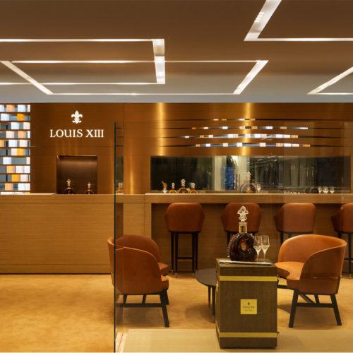 Ein Mix aus Eleganz, Design und Technologie sowie ein individuell entwickeltes Beleuchtungskonzept (Foto: Louis XIII)