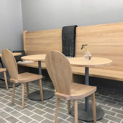 Nordisches Ambiente im Café (Foto: Angelika Frank)