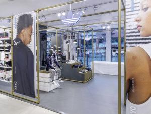 Sneaker Stores: Der Coolness Faktor entscheidet | stores+shops