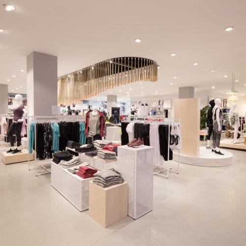 Laut eigenen Angaben zählt der Store zu den größten Sporthäusern in Europa. (Foto: Engelhorn)
