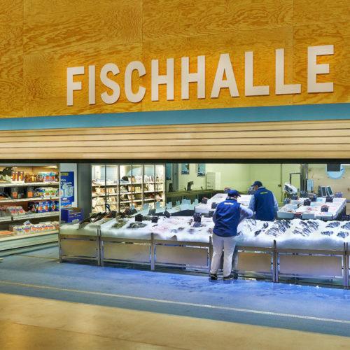 100 bis 130 exotische Fischsorten sollen bei der Metro in Düsseldorf immer verfügbar sein.