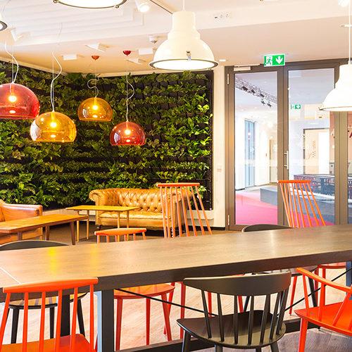 Das Innovation Center im GS1 Germany Knowledge Center dient als Ort der kreativen Begegnung. (Foto: GS1)
